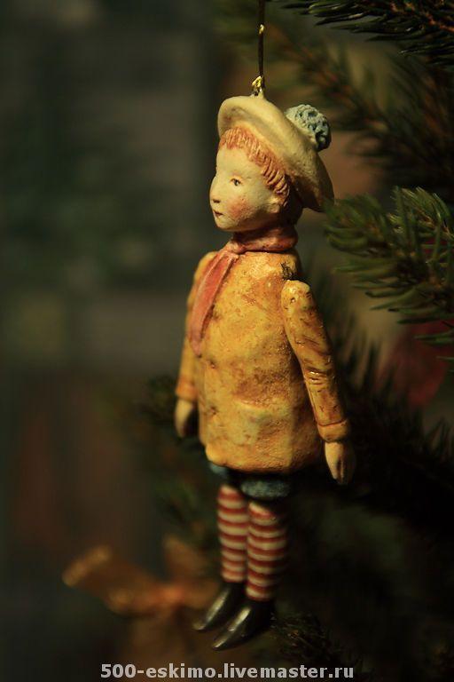 Новый год 2017 ручной работы. Заказать Ёлочная игрушка мальчик в берете. 500 эскимо. Ярмарка Мастеров. Елочные игрушки