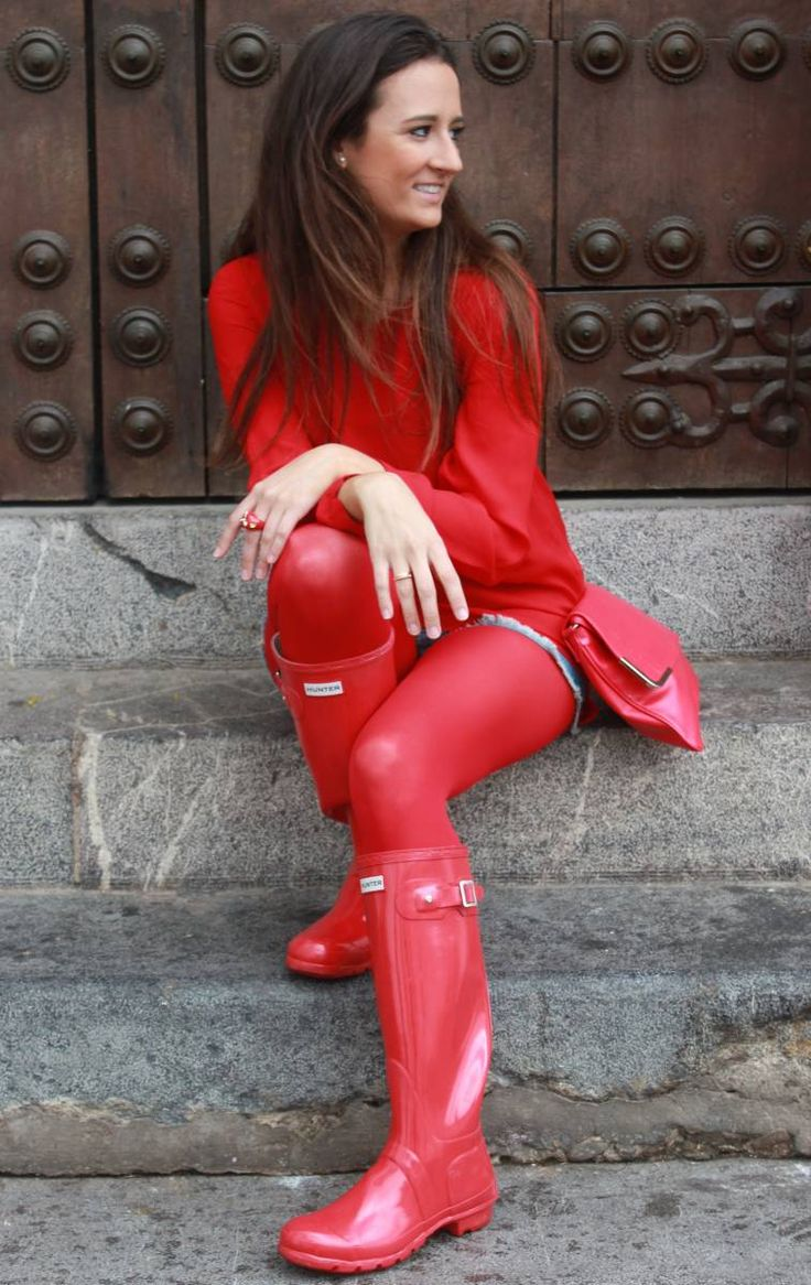 I love her red Tights and her shiny red Wellingtons are so sexy.