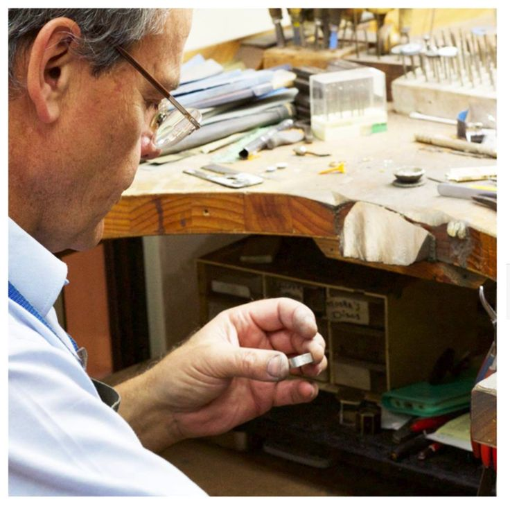 We are greatly respected in the jewellery industry for delivering the highest quality in craftsmanship and service.   Know your precious pieces are in safe hands. Our broad range of jewellery repairs and remodeling services will be completed in house by one of our professional master jewellers.   To enquire about restoration services, contact the team on (02) 9299 4251. #ananiajewellers