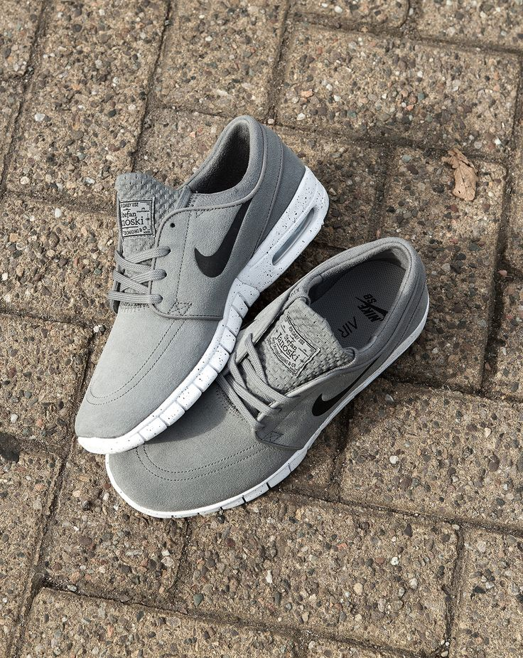 The Nike Janoski Air Max can do no wrong. The skate staple gets a clean