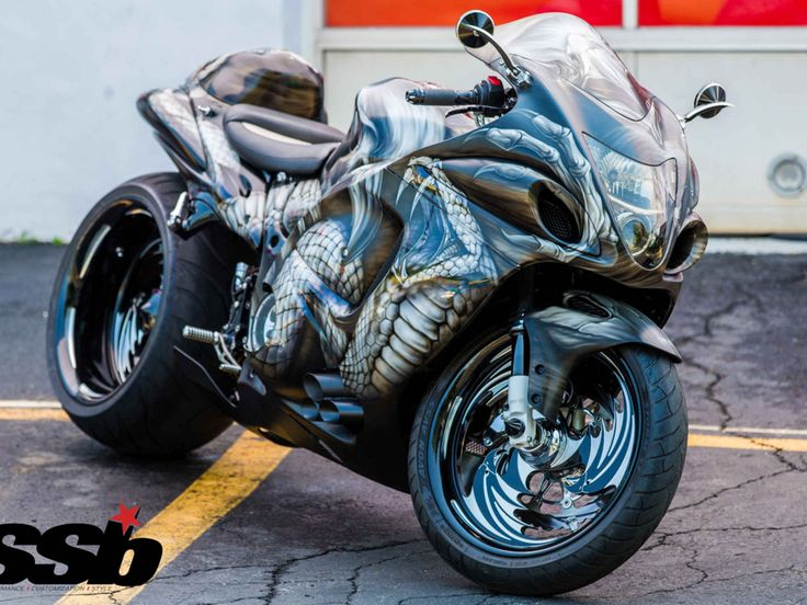 Tricked Out Custom Cycles - Avon Custom 2008 Suzuki Hayabusa