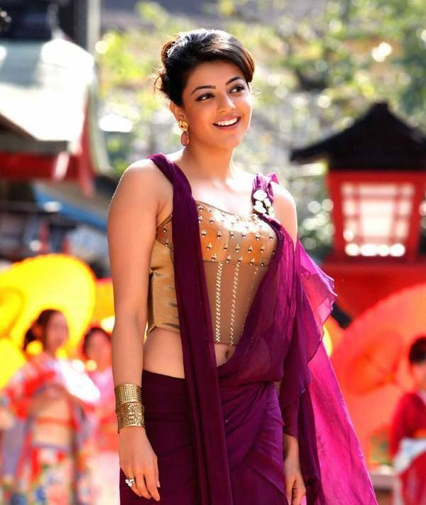 i love this dress on her (from Jilla)
