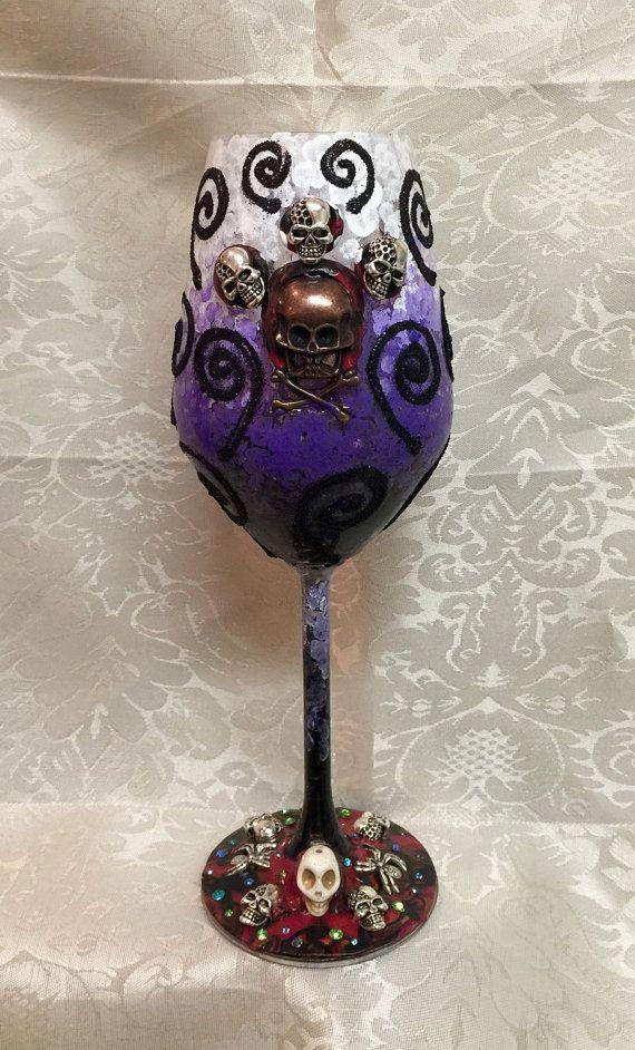Hey, I found this really awesome Etsy listing at https://www.etsy.com/listing/248634948/saleskull-slim-tulip-wine-glasshalloween