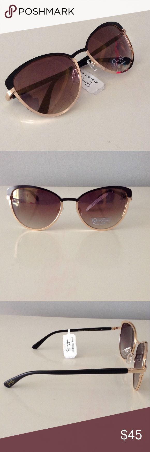 Chic Round Black & Gold Sunglasses New Jessica Simpson Accessories Sunglasses