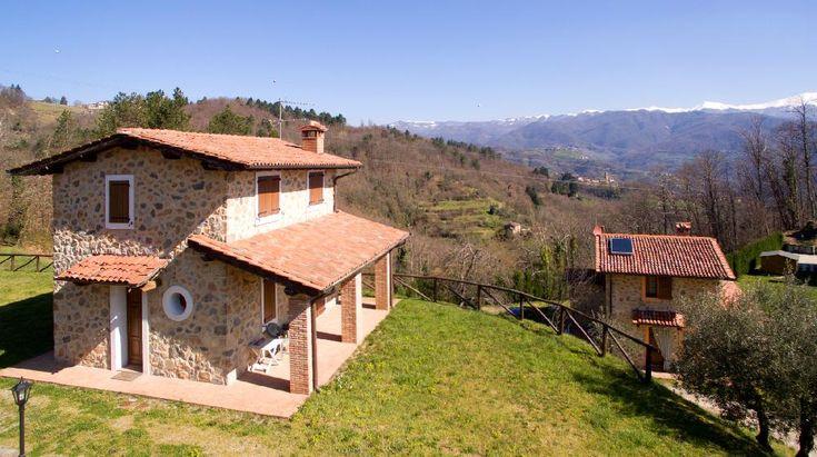 Newly built small property with breathtaking panoramic views - Molazzana€250000