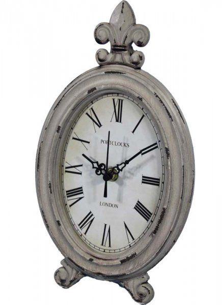 Vintage drevené hodiny