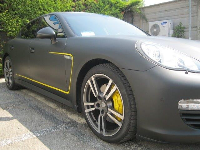 Porsche Panamera carbon look! Awesome #wrapping #carwrapping