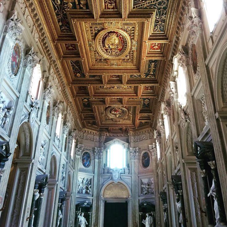 Basílica de San Juan de Letrán. Roma - Italia - Juan Carlos Gómez (@jcgomvar) en Instagram.