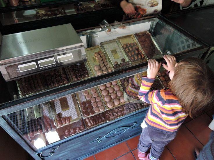 Sklepik w czekoladkami. fot. Paweł Trefler