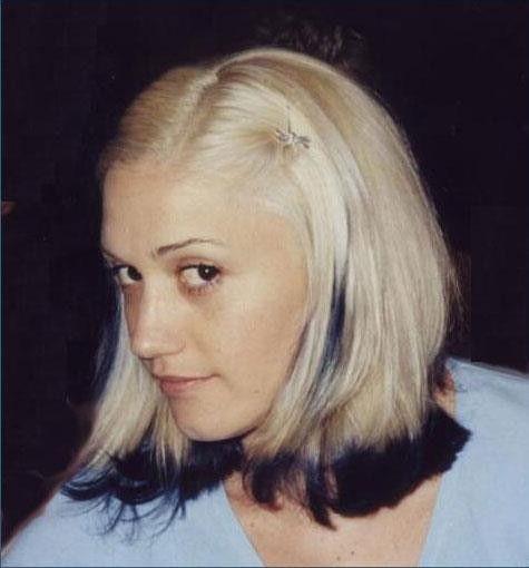 Gwen Stefani-navy blue dip-dye