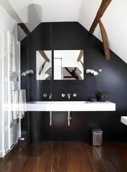 Attic bathroom mmm RTLWoonmagazine #droomhuizen #binnenhuisarchitect