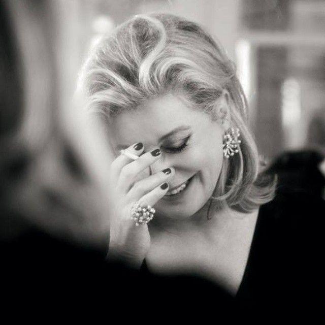 # Yaşayan Efsane # Catherine Deneuve #Living Legend # Deneuve Stüdyoda #Catherine Deneuve # Deneuve in Studio #SiyahBeyazGüzeldir  #BeautifulBlackAndWhite