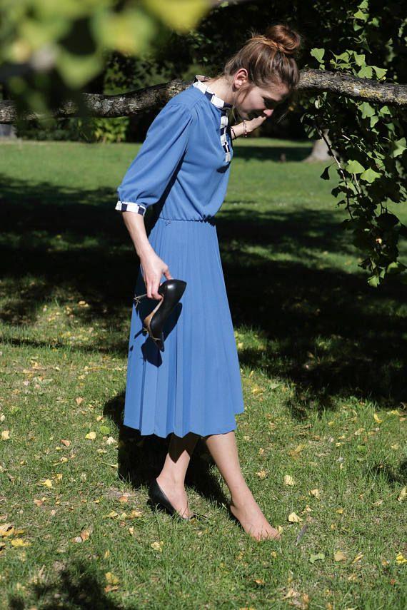 robe bleu vintage 80/ made in France/ jupe plissée manches