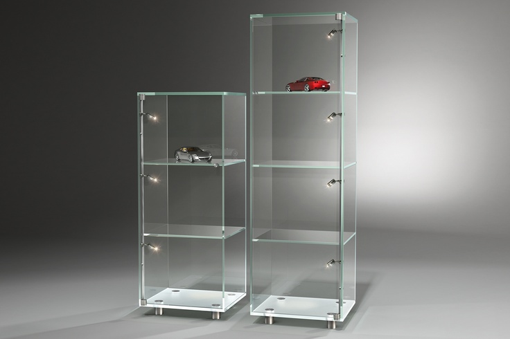 SOLUS - adapts to your interior decoration. For more information: http://www.dreieck-design.com/en/products/shelves-cabinets/solus-optiwhite/