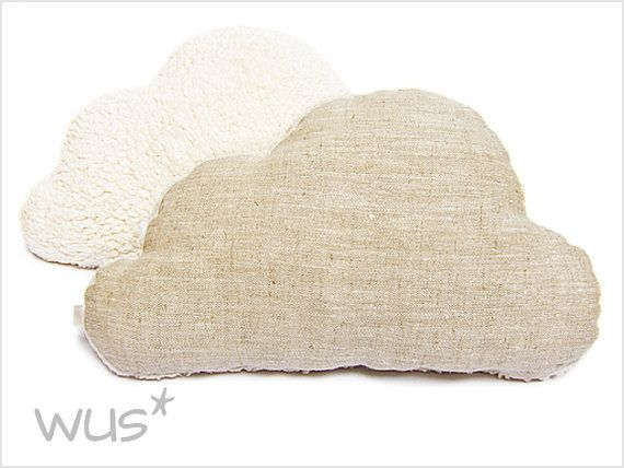 Sweet Pillow in the shape of a cloud. Made of pure linen and super soft plush knit fabric on the back. Filled with high quality poly fibre filling.