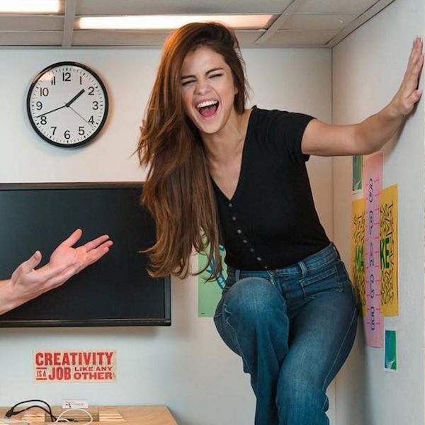 Selena Gomez Outdoes Justin Bieber - http://oceanup.com/2016/07/13/selena-gomez-outdoes-justin-bieber/