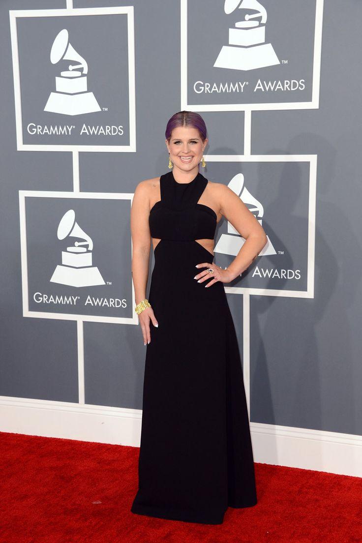 todas las fotografías de la alfombra roja de la 55 edición de los premios Grammy: Kelly Osbourne de Paule Ka