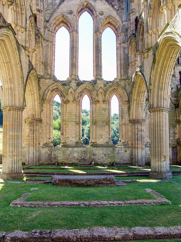 1132.Rievaulx Abbey-Cistercian abbey in Rievaulx,North Yorkshire, England.It was one of the great abbeys in England until it was seized under Henry VIII of England in 1538 during the dissolution of the monasteries.The first abbot of Rievaulx, St William I, started construction in the 1130s.