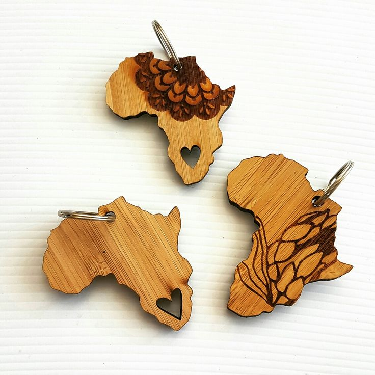 Africa inspired bamboo keychains by @hallojane_sa Www.hallojane.co.za #lovezabuyza #Africa #proudlyza #hallojane