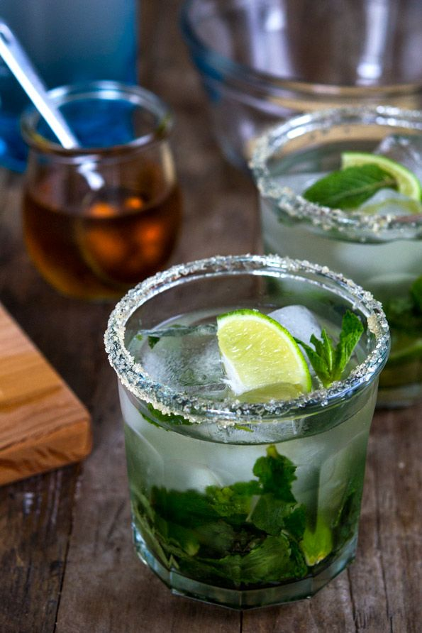 Mojitos Recipe.  Love, love, love mojitos.