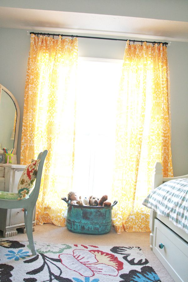 These curtains make me so happy!!