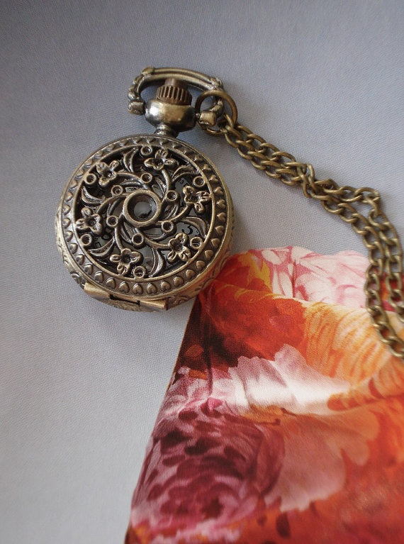 SALE 10  OFF Necklace Pendant Flower Pocket by Azuraccessories, $5.93: Pocketwatch, Flowers Pockets, Necklaces Pendants, Unique Gifts, Azuraccessori, 20 Holidays, Pockets Watches Necklaces, Pendants Flowers, Gifts Chains
