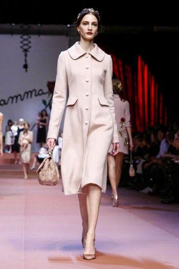 Материнская гордость от Dolce & Gabbana, осень 2015 / зима 2016