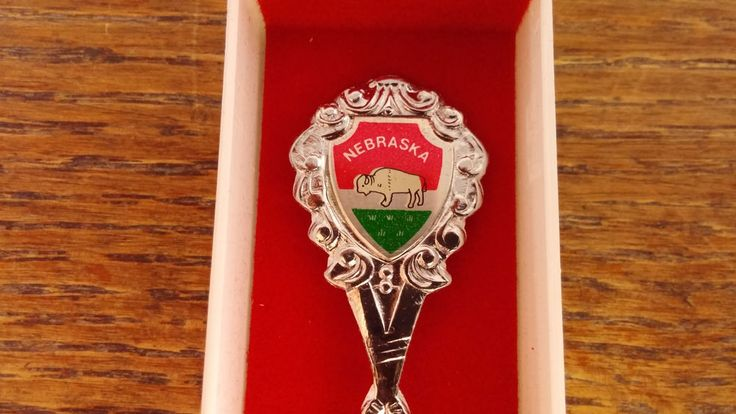 Vintage Nebraska State Buffalo Map Souvenir Collectible Spoon 4.5 in. w/Case