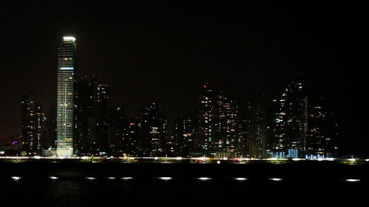 En/Br: The view of Panamá City from Casco Viejo.  Tonight we are going to Bocas del Toro where we will spend some weeks.  Have you been there?! Vista da cidade do Panamá do Casco Viejo.  Hoje a noite vamos para Bocas del Toro onde passaremos as proximas semanas.  Já esteve lá?! #centralamerica #americacentral #panama #panamacity #nightphotography #skycraper #panamabay #igerspanama #wanderlust #backpack #backpacking #backpacker #mochileiros #mochilão #workandtravel #live #love #travel…
