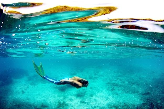 And can hold her breath for over FIVE MINUTES underwater! | This Real-Life Professional Mermaid Will Blow Your Mind