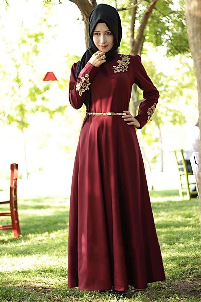 Kapalı Bayan Uzun Elbiseler