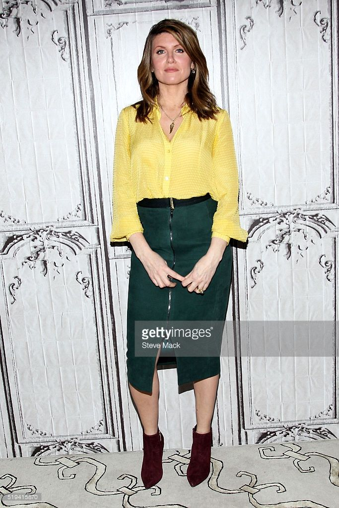 Sharon Horgan attends AOL Build to discuss 'Catastrophe' Season 2 at AOL Studios In New York on April 6, 2016 in New York City.