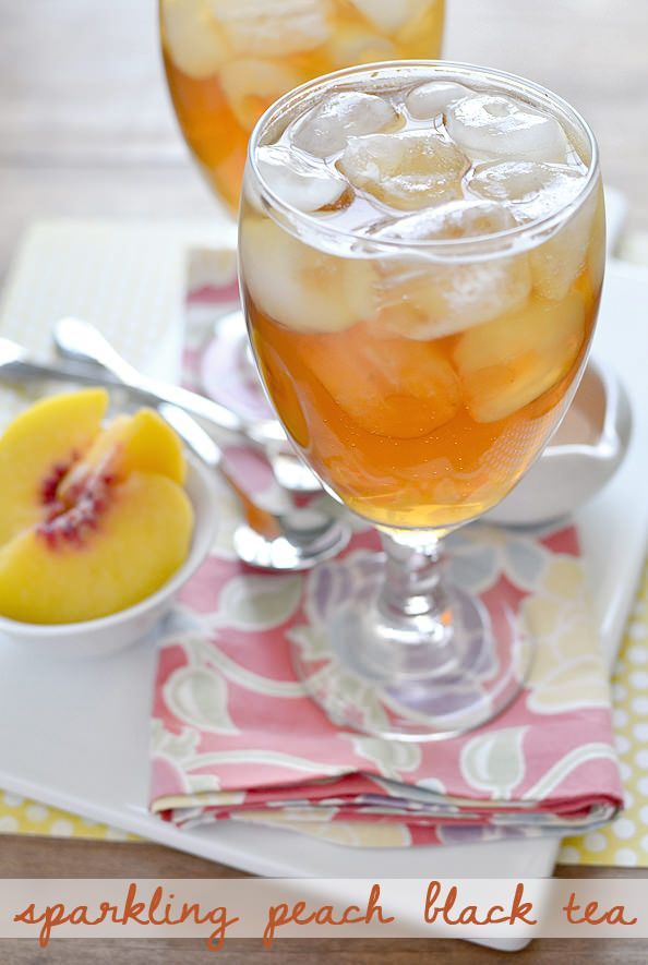 Copycat Caribou Coffee Sparkling Peach Black Tea is sweet and fizzy. Perfectly refreshing! | iowagirleats.com