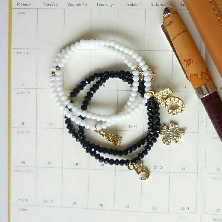 Bracciali in vetro taglio cristallo. Piccoli e raffinati Visita il mio blog Link in Bio #bracciale #bracelet #jewellery #bijoux #jewellerydesign by #freecreativestyle