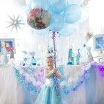 Decoración con globos de frozen 11