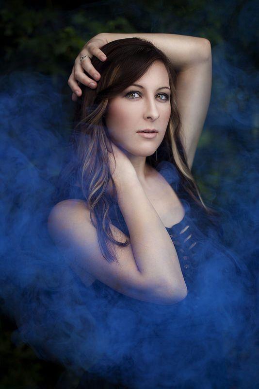 Anna Buller Photography + smoke bombs + smoke bomb photoshoot + themed shoot Model: Ashley Dine MUAH/Photographer: Anna Buller Photography