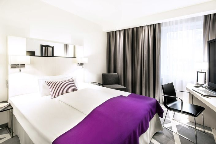 Compare hotel prices and find the cheapest price for the Scandic Berlin Kurfürstendamm Hotel in Berlin. View 94 photos and read 3,561 reviews. Hotel? trivago!