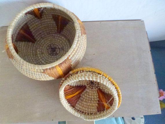 wicker basket brown tabac beige basket brown par Sweetlakevintage