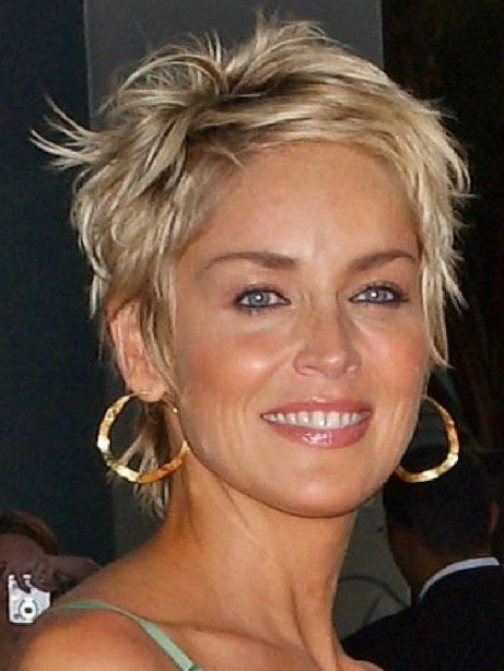 Short Hairstyles for Older Women Over 50 with Young Impression ...