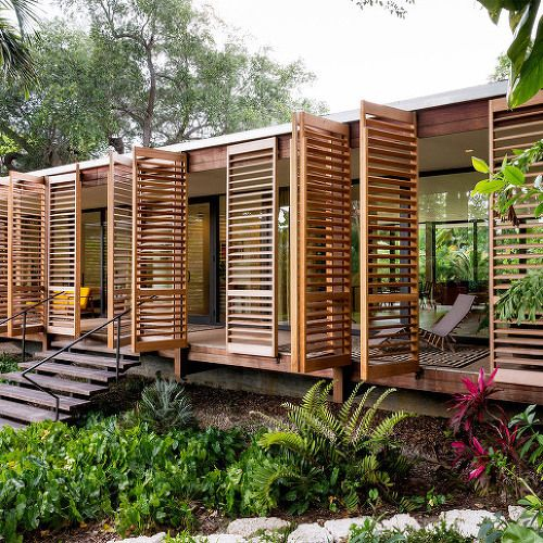 [ Brillhart Architecture ] Wooden shutters swing open to reveal Miami house :: 5osA: [오사]