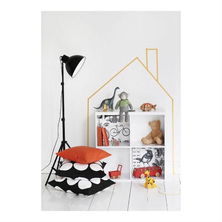 vægdekoration hus house walldecor wallpaper kids room børneværelse