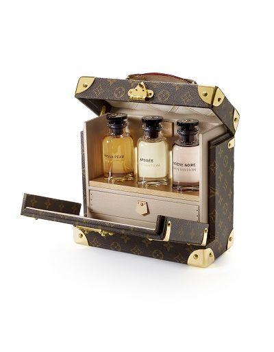 Après quatre longues années de préparation, la collection de parfums de Louis Vuitton verra le jour le 1er septembre.
