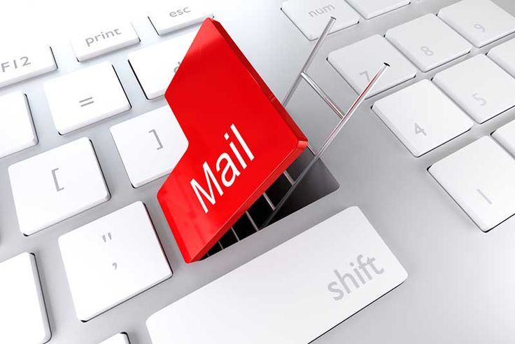 Email, which claims to be from I.T. Support, urges recipients to click a link to upgrade to a new mail server. #phishing #scam