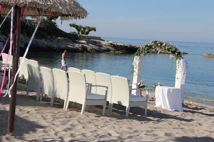 http://www.maris.gr/events-crete-hotel/wedding-hotels-crete.aspx