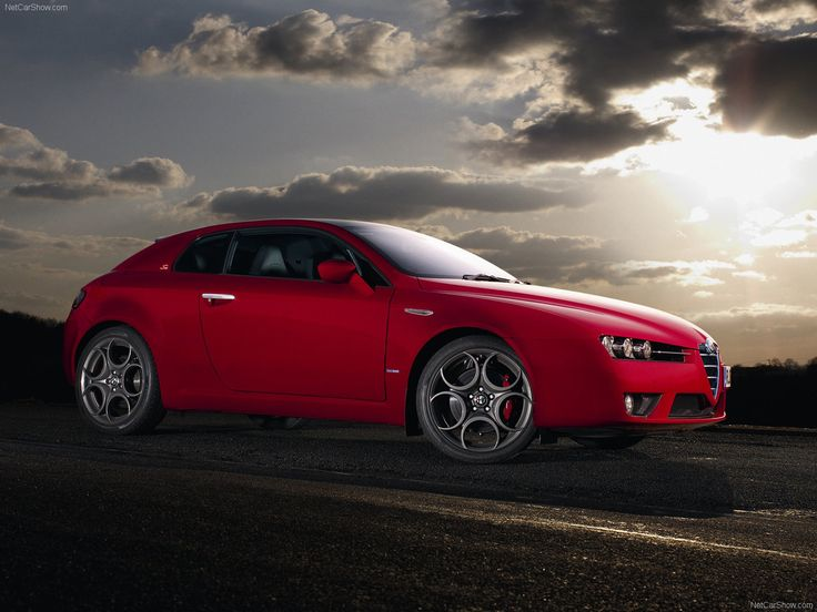 """Alfa Romeo Brera This has to be the most beautiful """"Hatchbacks""""of all time. Art in motion"""