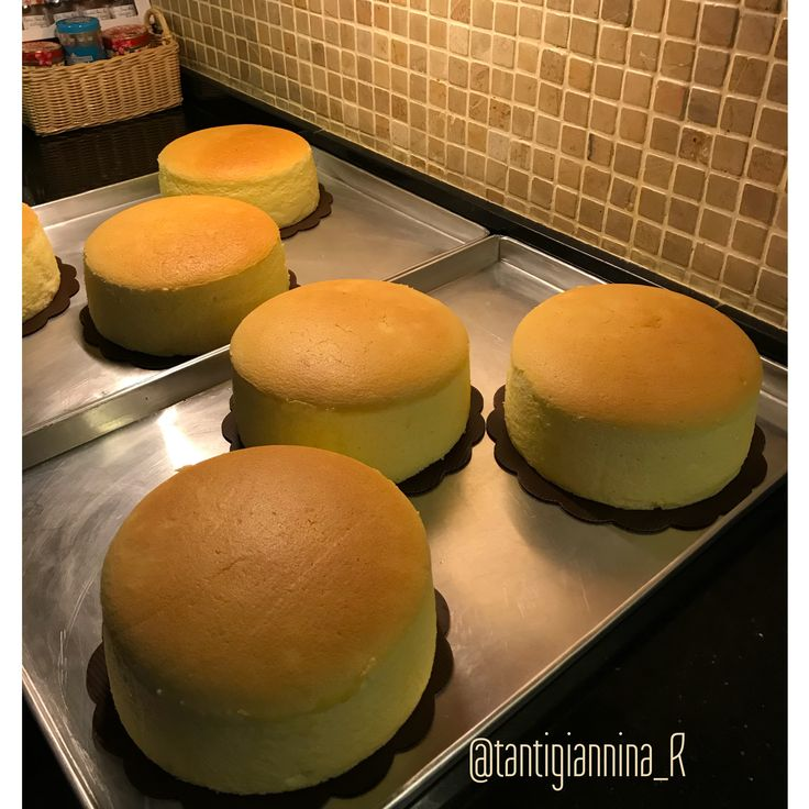 Japanese cheese cakes