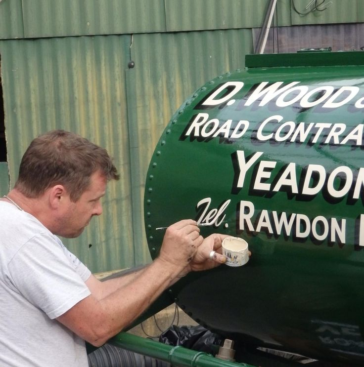 Phil Anderson signwriting