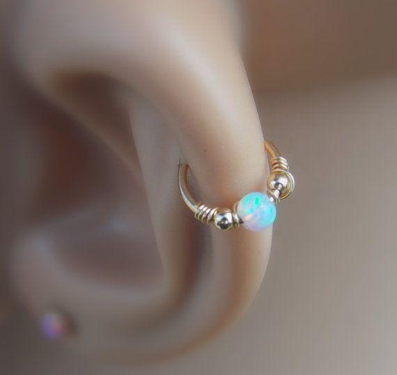 Opal cartílago pendiente pendiente de la por sofisjewelryshop