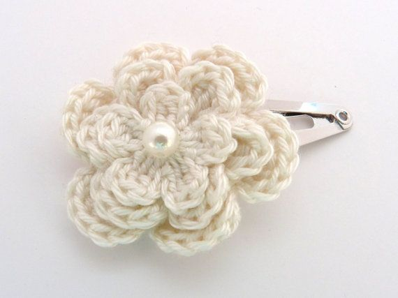 1 Cream crochet flower hair clip. by MyfanwysMakes on Etsy