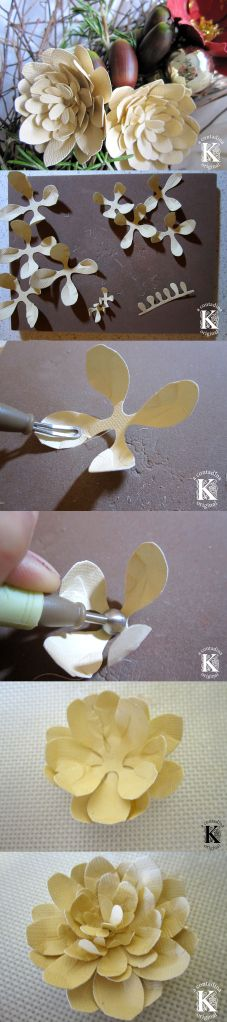 Paper Dahlia Tutorial http://contadinak.wordpress.com/2013/12/18/just-one-more-wreath/